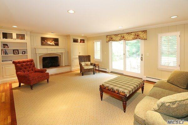 Rental Home, Colonial - East Hills, NY (photo 5)