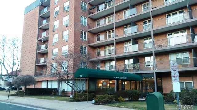 Co-Op, Residential - Hempstead, NY (photo 1)