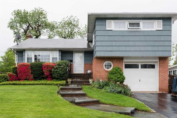 206 Radcliff Dr, East Norwich, NY - USA (photo 1)