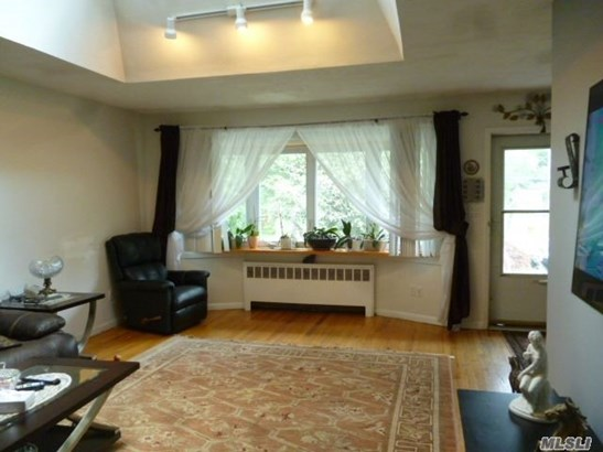 Residential, Ranch - Huntington Sta, NY (photo 2)