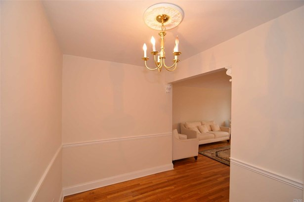 Co-Op, Residential - Douglaston, NY (photo 5)