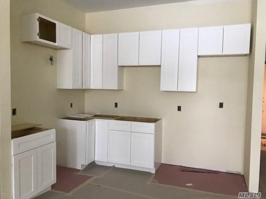 Rental Home, Apt In Bldg - Farmingdale, NY (photo 3)