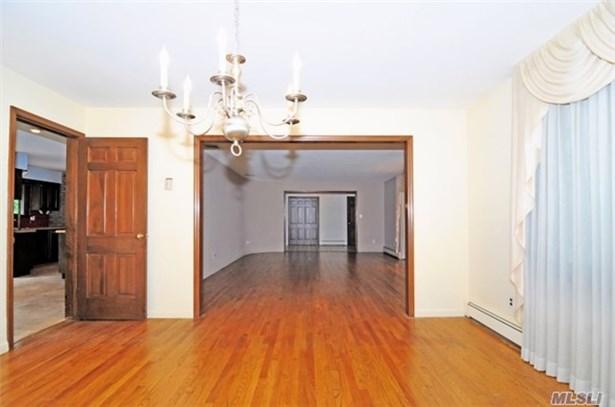 Residential, Ranch - Syosset, NY (photo 5)