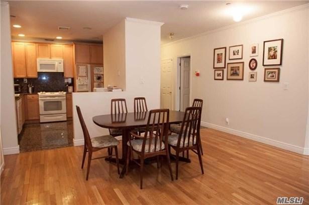 Rental Home, Condo - Great Neck, NY (photo 2)