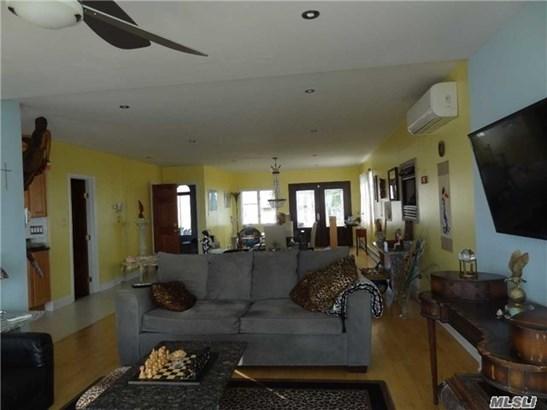 Rental Home, Duplex - Babylon, NY (photo 4)