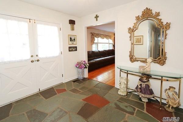 Residential, Ranch - Northport, NY (photo 2)
