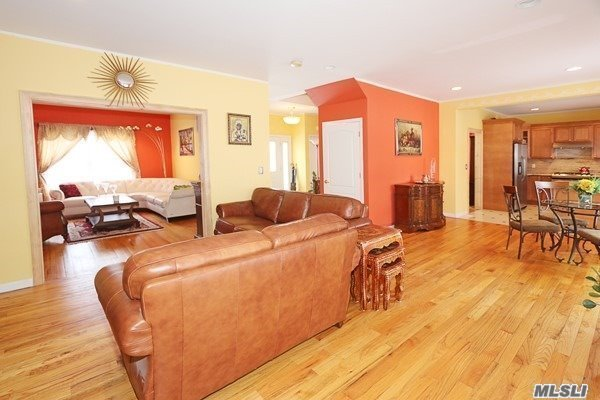 Residential, Colonial - Glen Cove, NY (photo 5)