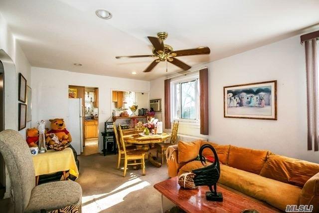 Co-Op, Residential - Glen Oaks, NY (photo 4)