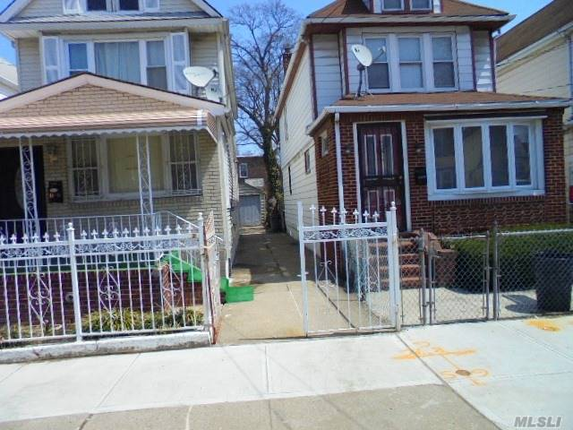 Residential, Colonial - S. Ozone Park, NY (photo 2)