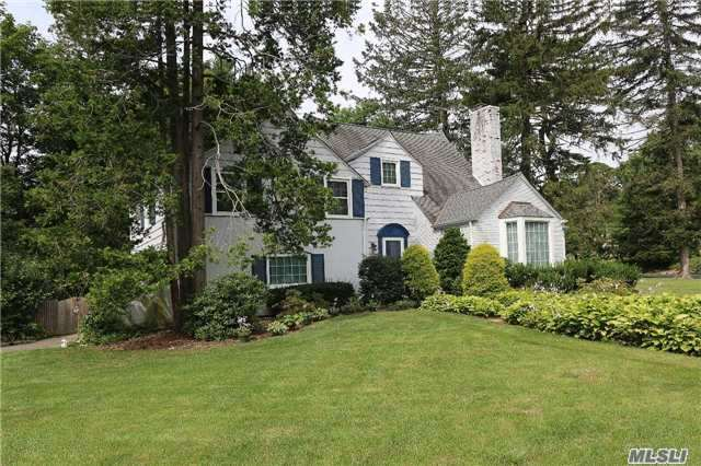 Residential, Colonial - East Hills, NY (photo 2)