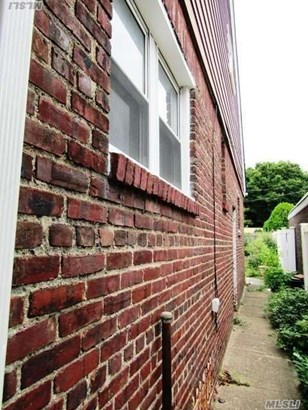 Rental Home, Cape - Bellerose Manor, NY (photo 4)
