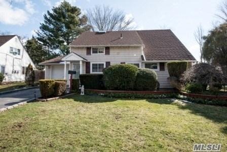 Residential, Cape - Hicksville, NY (photo 1)