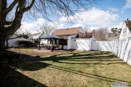 Residential, Cape - Hicksville, NY (photo 3)