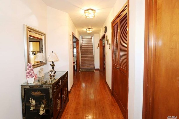 Residential, Colonial - Whitestone, NY (photo 3)