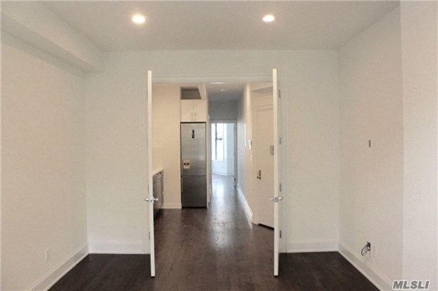 Rental Home, Apt In Bldg - Brooklyn, NY (photo 2)