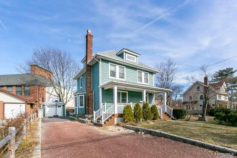 Residential, Colonial - Port Washington, NY (photo 1)