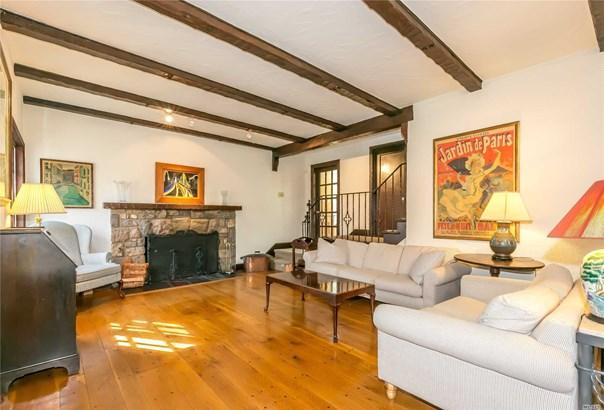 Tudor, Residential - Great Neck, NY (photo 3)
