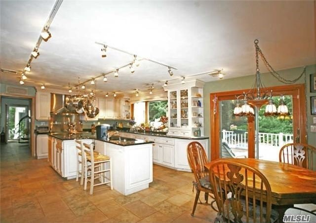 Residential, Colonial - Dix Hills, NY (photo 5)