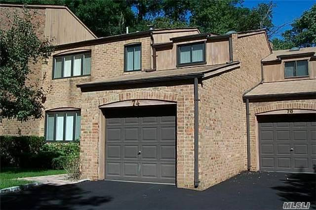 Residential, Condo - North Hills, NY (photo 1)