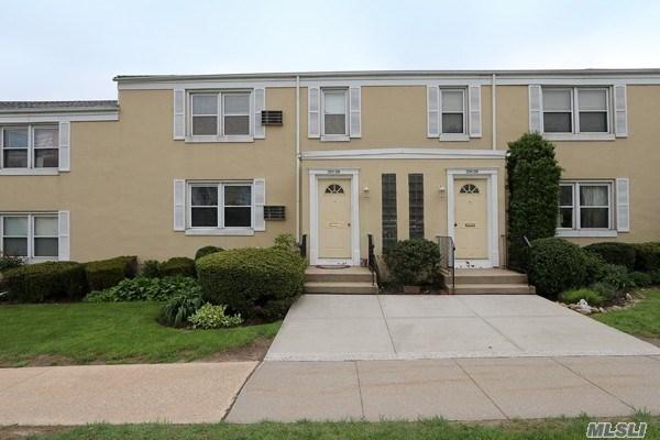 Co-Op, Residential - Bellerose, NY (photo 1)
