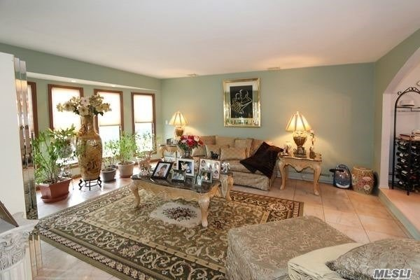 Splanch, Residential - Bellmore, NY (photo 4)