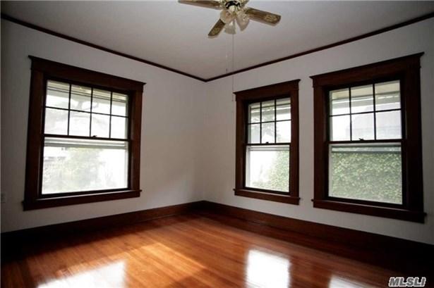 Rental Home, Victorian - Oyster Bay, NY (photo 4)
