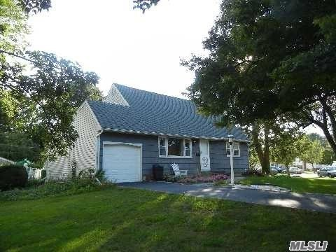 Rental Home, Cape - East Norwich, NY (photo 3)