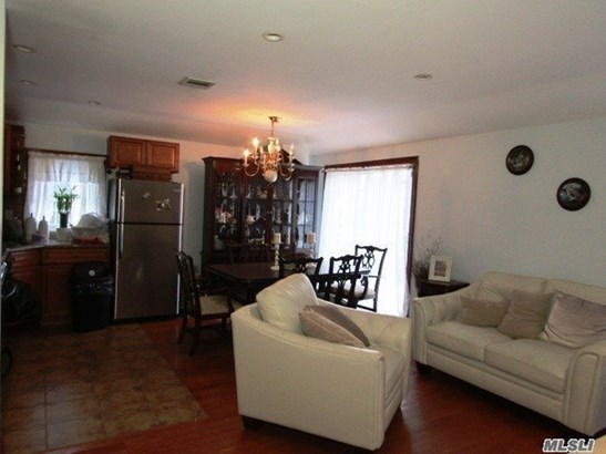 Rental Home, Colonial - Bellerose, NY (photo 4)