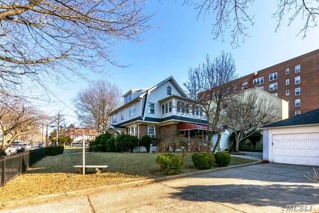 Residential, Colonial - Flushing, NY (photo 2)