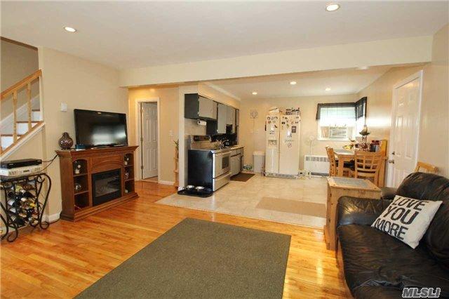 Residential, Cape - Bethpage, NY (photo 3)