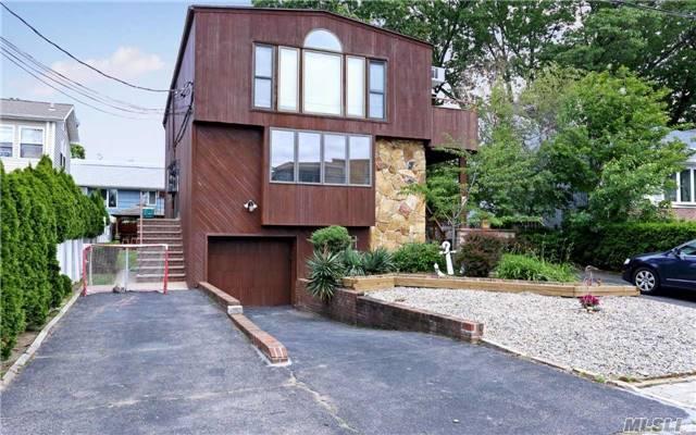Multi-Family, Duplex - Port Washington, NY (photo 2)