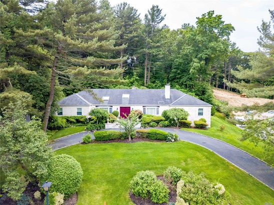 Residential, Ranch - Dix Hills, NY (photo 1)