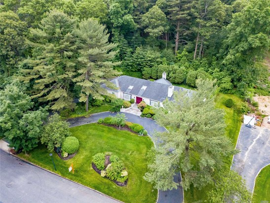 Residential, Ranch - Dix Hills, NY (photo 3)