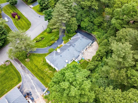 Residential, Ranch - Dix Hills, NY (photo 5)