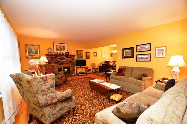 Residential, Colonial - Wading River, NY (photo 3)