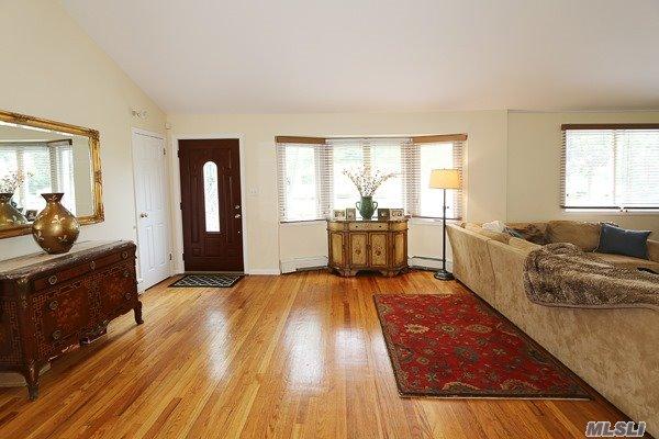 Residential, Ranch - Greenlawn, NY (photo 5)