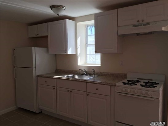 Rental Home, Apt In Bldg - Oyster Bay, NY (photo 2)