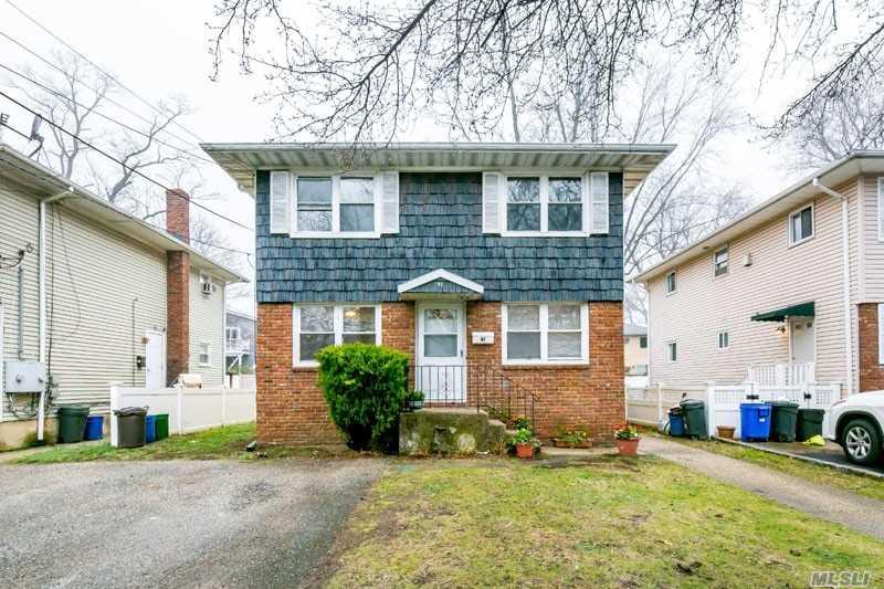 Rental Home, Apt In House - Port Washington, NY (photo 1)