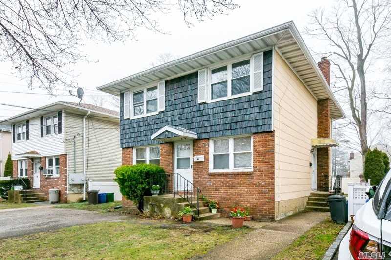 Rental Home, Apt In House - Port Washington, NY (photo 2)