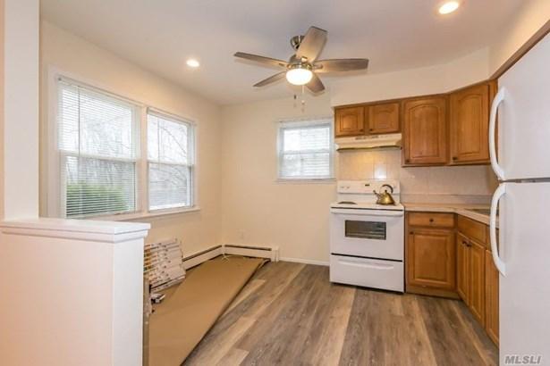 Rental Home, Apt In House - Port Washington, NY (photo 5)