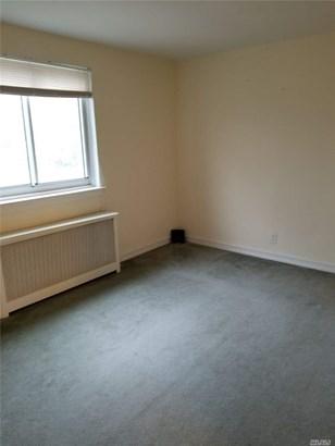 Rental Home, Apt In Bldg - Bellerose, NY (photo 3)