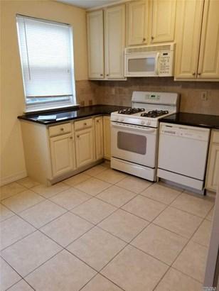 Rental Home, Apt In Bldg - Bellerose, NY (photo 5)