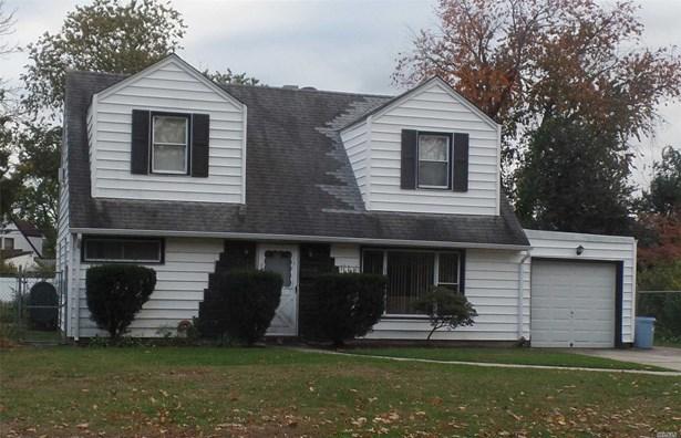 Residential, Cape - Westbury, NY (photo 1)