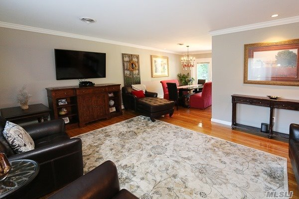 Residential, Hi Ranch - Glen Cove, NY (photo 3)