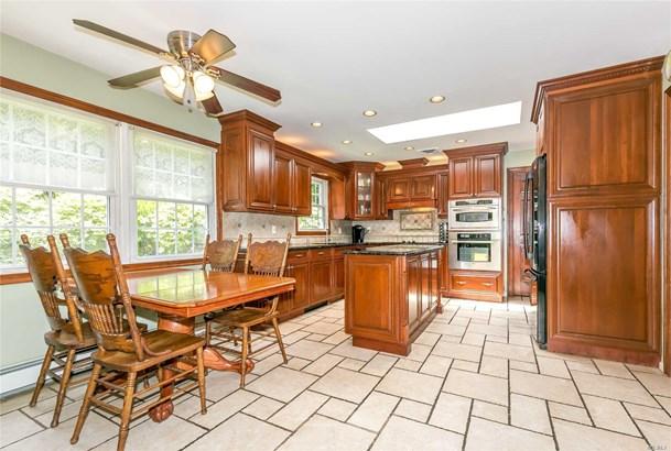 Residential, Ranch - Bayville, NY (photo 5)