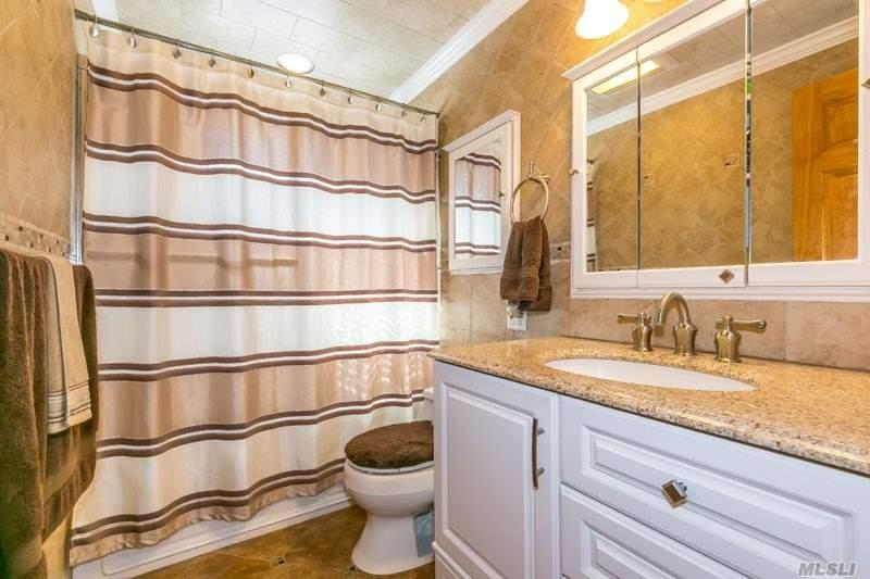 Rental Home, Split - Glen Cove, NY (photo 4)