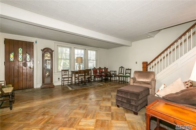 Residential, Colonial - Forest Hills, NY (photo 1)