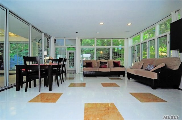 Residential, Contemporary - Laurel Hollow, NY (photo 3)
