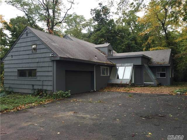 Residential, Ranch - Roslyn Harbor, NY (photo 2)