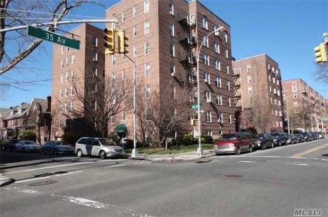 Co-Op, Residential - Jackson Heights, NY (photo 1)